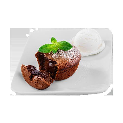 Шоколадный фондан с бананово-ромовым соусом